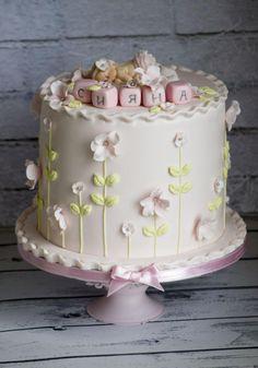 Baby cake by Vanilla & Me