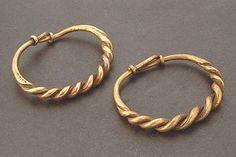 Viking age / Gold bracelet /Gotland