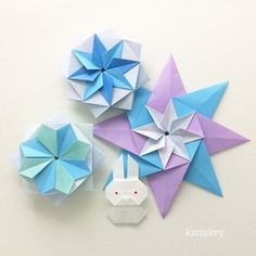 "Dec.28. 2015 雪うさぎ、な感じで^ ^ 「季節の星」「うさぎ3」 折り方はYouTube チャンネル、""kamikey origami ""をご覧ください ※ Star of the four seasons Bunny 3 designed by me tutorial on YouTube ""kamikey origami "" #折り紙#origami"
