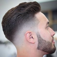 High Bald Fade with Line Up and Wavy Brush Back High Bald Fade mit Line Up und gewelltem Pinselrücken Cute Wedding Hairstyles, Cute Curly Hairstyles, My Hairstyle, Cool Haircuts, Hairstyles Haircuts, Haircuts For Men, Smart Hairstyles, Tape Up Haircut, Fade Haircut