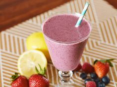 Did you know Silk® has a ton of Smoothie Solutions, like thisYogurt Berry Smoothie?
