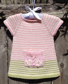 Ravelry: YvieJane's Bunny pocket tunic
