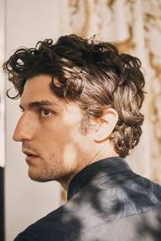 Drawing People A Guide To Cool : Louis Garrel Louis Garrel, 3 4 Face, Male Face, Portrait Fotografie Inspiration, Face Drawing Reference, Portrait Studio, Man Portrait, Model Poses Photography, Human Photography