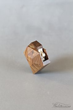 Modern faceted diamond shaped ring box – clean lines and original idea, beautiful ring display that hides the ring inside till that special moment and reveals it in very subtle way. The box will sa. Diamond Shaped Engagement Ring, Engagement Box, Engagement Ring Shapes, Proposal Ring Box, Wooden Ring Box, Ring Displays, Woodworking Box, Wedding Ring Box, Wood Rings