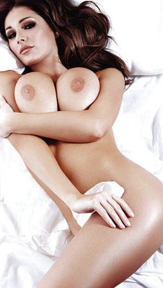 Naked pics hot n juicy persian babes