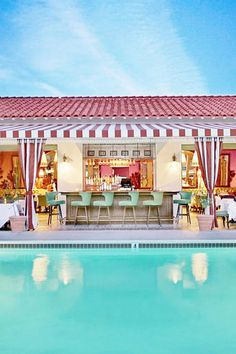 🌟Tante S!fr@ loves this📌🌟Start planning a warm-weather vacation with our list of the seven best hotels in Palm Springs. Palm Springs Hotels, Palm Springs Style, Palm Springs California, California Travel, Palm Springs Bar, Palm Springs Pool Party, Hotels In California, Parker Palm Springs, Anaheim California