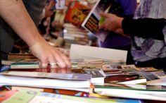 De 26 a 30 de agosto acontecerá a 6ª edição Feira do Livro da PUC-SP. Durante o evento, será possível comprar títulos com descontos a partir de 20%.