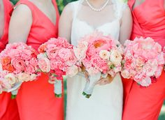 Elegant Picnic Wedding with a Fresh Color Palette: http://www.stylemepretty.com/2014/03/24/elegant-picnic-wedding-with-a-fresh-color-palette/ | Photography: Lisa Lefkowitz - http://lisalefkowitz.com/