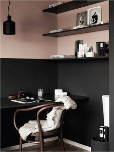 Cuisine rose poudré et noire, le combo très trendy | Source : My Domaine