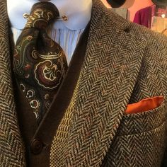 My Stylish Husband. Menswear, Men's Fashion and Style. Tweed Suits, Mens Suits, Fashion Pants, Mens Fashion, Tweed Run, Designer Suits For Men, Masculine Style, Elegant Man, Stylish Mens Outfits