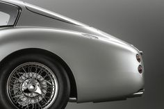 #cars #classic #silver #vintage #collection #astonmartin ✔️ Aston Martin Lagonda, Aston Martin Vulcan, Aston Martin Models, Aston Martin Cars, James Bond Cars, Rolls Royce Cars, Best Muscle Cars, Car In The World, Automotive Design