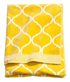Bath Towel 14.95  | H & M DE