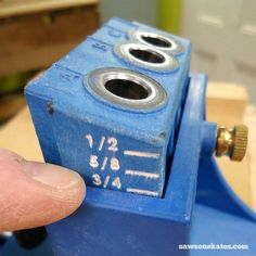 Want to know how to use a Kreg Jig? This tutorial gives tips for avoiding mistakes when drilling pocket holes for DIY projects - set the Kreg Jig drill guide