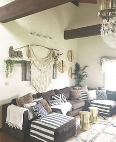 85 Best Modern Bohemian Living Room Decor Ideas February Leave a Comment Creating a boho chic living room means creating an absolutely different and your personalized atmosphere. Glam Living Room, Bohemian Living Rooms, Home And Living, Living Spaces, Small Living, Glam Bedroom, Boho Room, Brown Couch Living Room, Hippie Living Room