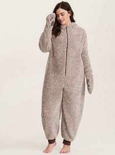 Onesie Pajamas, Pjs, Overalls, Shorts, Short Outfits, Onesies, Normcore, Wardrobe Ideas, Hoodies