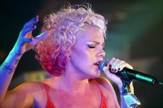 Slideshow of Pink's best hairstyles