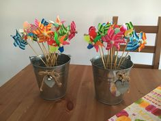 #Centrotavola per i #bimbi...coloratissime girandole per non farli annoiare mai!