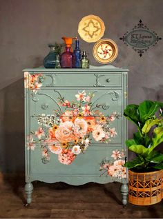 Rose Celebration Antique Dresser - Rose Celebration Antique Dresser This gorgeous dresser was transformed with a transfer by Redesign with Prima. After we painted it, we added this transfer. Such a beautiful piece💞 Decoupage Furniture, Refurbished Furniture, Colorful Furniture, Paint Furniture, Repurposed Furniture, Shabby Chic Furniture, Furniture Projects, Furniture Makeover, Furniture Nyc