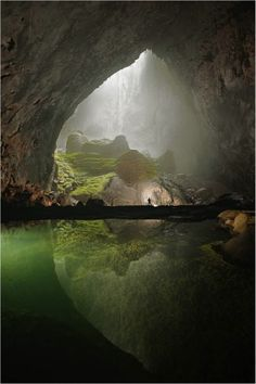 The newly discovered Hang Son Doong cave offers characteristics that are spectacular, enormous & dynamic. A river, rainforest, towering stalagmites, and a 262-foot rappel into the entrance are among the features, along with rooms big enough to house a 747 and passages that could fit an entire New York City block of 40-story buildings.