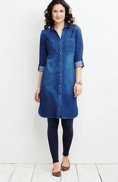 How To Wear Denim Shirt With Leggings Chambray Dress 49 Trendy Ideas Denim Tunic, Chambray Dress, Denim Outfit, Denim Shirts, Denim Dress Outfit Summer, Womens Denim Dress, Denim Jeans, Casual Outfits, Cute Outfits