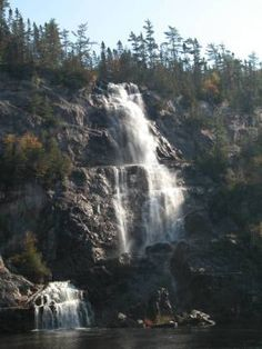 Cool way to find waterfalls! Waterfall Photo, Canyon Park, Train Tour, Largest Countries, Waterfalls, Places To See, Around The Worlds, Ontario, Veil