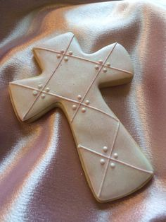 Christening cross~                       / First Communion Cross sugar by LaPetiteCookie, $36.00, white