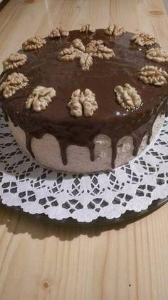 Majdnem diétás diótorta Pudding, Food, Custard Pudding, Puddings, Meals, Yemek, Eten