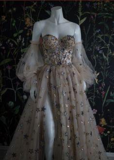 Cute Prom Dresses, Elegant Dresses, Pretty Dresses, Beautiful Dresses, Formal Dresses, Wedding Dresses, Grad Dresses, Dress Prom, Fairy Wedding Dress