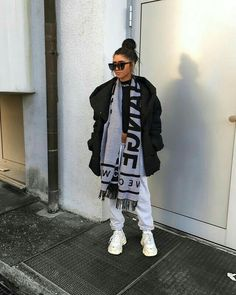 Likes, 132 Comments - Kim Duong Chill Outfits, Mode Outfits, Trendy Outfits, Fashion Outfits, Mode Streetwear, Streetwear Fashion, Fall Winter Outfits, Autumn Winter Fashion, Winter Fits