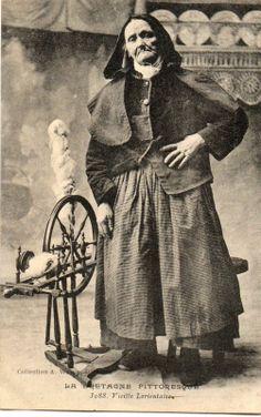 LORIENT (56) type de fileuse au rouet