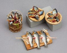 Fantastic miniature fish- not a fan of fish heads but these are amazingly realistic!
