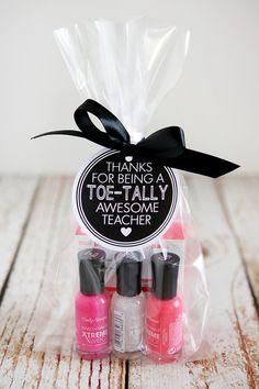 10 Easy Printable Teacher Gift Ideas - Faithful Provisions