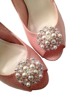 Faux Sure Pearls Shoe Clips by ShoeClipsBiz on Etsy, $15.99