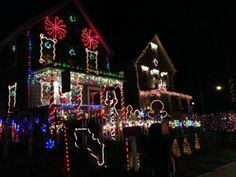 Christmas Lights around Mommy Poppins Cities: Holiday Eye Candy! - Holiday Decorations & Xmas Lights in NYC, Boston, LA, Westchester, Long I...