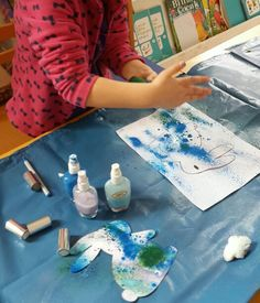 Püskürtme yöntemiyle boyama çalışması