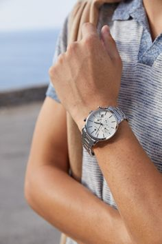 Μπορεί να #Μένουμε_σπίτι, αλλά δε σημαίνει ότι δε κάνουμε όνειρα για τις εξόδους του καλοκαιριού! Υπομονή, ο χρόνος θα περάσει!  Ανακάλυψε το νέο σου ρολόι GANT, τώρα με: ✅ΕΩΣ 12 ΑΤΟΚΕΣ Δόσεις 🚛Άμεσα διαθέσιμα/ΔΩΡΕΑΝ μεταφορικά Watches, Accessories, Shopping, Fashion, Moda, Wristwatches, Fashion Styles, Clocks, Fashion Illustrations