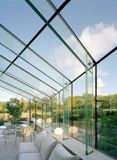 Glass post and beam House Extension Design, Glass Extension, Glass Structure, Shade Structure, Greenhouse Cafe, Glass Conservatory, Space Architecture, Architecture Details, Glass Pavilion
