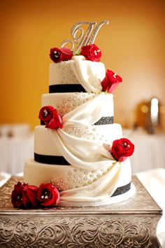 ideas for a red wedding color palette ummmm i may be changing my wedding cake! Wedding Cake Red, Amazing Wedding Cakes, Amazing Cakes, Wedding Day, Wedding Black, Bling Wedding, Purple Wedding, Wedding Stuff, Wedding Themes