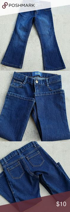NWOT tags Old Navy Jeans Brand new. We just took the tags off this week and my daughter insisted they were tight refused to wear them. Maybe it was just one of those toddler days! ;)  They have expandable waist band option. Bundle and save! Old Navy Bottoms Jeans