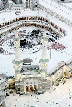 2014 Autumn/Winter: Sparkling White Holy Mecca <3