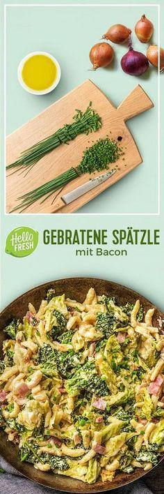 Step by Step Rezept: Gebratene Spätzle mit Bacon, kräftigem Bergkäse und Wirsing. Rezept / Kochen / Essen / Ernährung / Lecker / Kochbox / Zutaten / Gesund / Vegetarisch / Schnell / Frühling / Herzhaft / Deutsch / Schinken / Soul Food #hellofreshde #kochen #essen #zubereiten #zutaten #diy #rezept #kochbox #ernährung #lecker #gesund #leicht #schnell #frühling #spätzle #wirsing #bacon #deutsch