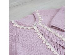 Bloombees, the Instant Commerce: Post, sell & get paid worldwide Knitting For Kids, Baby Knitting, Four Year Old, Boys Sweaters, Garter Stitch, Old Boys, Little Dresses, Lana, Knitwear