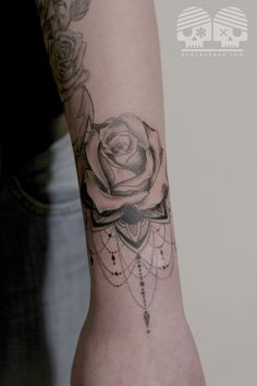 Mandala Rose tattooo