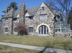 The Hamady House Owner of a large chain of grocery stores. College Culture Area in Flint