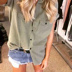 Shirt & Jean short - Elle Ferguson