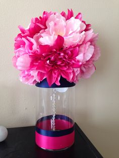 DIY Navy and pink centerpieces Yellow Centerpieces, Party Entertainment, Dorm Room, Wedding Flowers, Birthdays, Birthday Parties, Vase, Entertaining, Shower