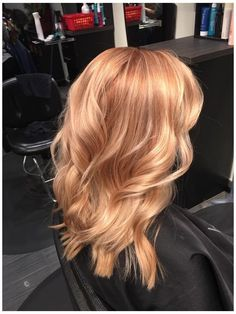 Strawberry Blonde Hair Color, Blonde Color, Strawberry Blonde With Highlights, Stawberry Blonde, Color Red, Strawberry Hair, Strawberry Shortcake, Blonde With Pink, Gold Blonde Hair