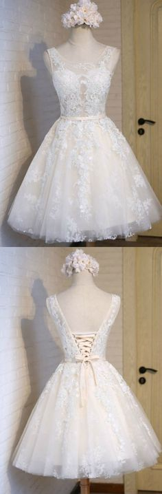 Ivory A-line Scoop Neck Short Tulle Homecoming Dress With Appliques Lace