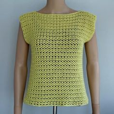 V-Stitch Crochet Top ~ FREE Crochet Pattern Free V-Stitch Crochet Top Pattern. The summer crochet tank top pattern is available in women sizes XS to XL. The open stitch makes it perfect for summer. V Stitch Crochet, Mode Crochet, Tunisian Crochet Stitches, Easy Crochet, Knit Crochet, Crochet Vests, Crochet Birds, Crochet Sweaters, Crochet Motif