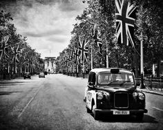 Black and White Photograph London Art 8x10 Taxi by RonyaGalka,